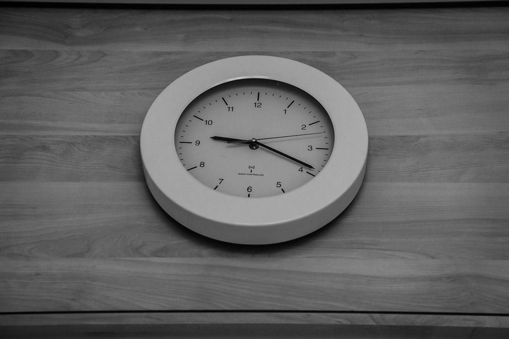De klok tijdens een geboortereportage